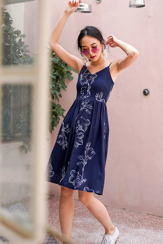 KAELYN ABSTRACT FLORAL BUTTON MIDI SPAG DRESS #MADEBYLOVET (NAVY)