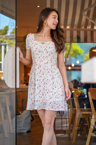 SAMMIE FLORAL SQUARE NECK TIE STRING DRESS #MADEBYLOVET (WHITE)