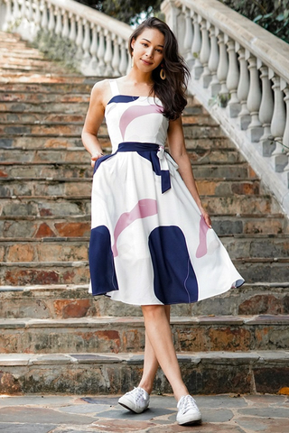 CHEYANNE ABSTRACT MIDI DRESS WITH SASH #MADEBYLOVET (WHITE/NAVY) *RESTOCKED*