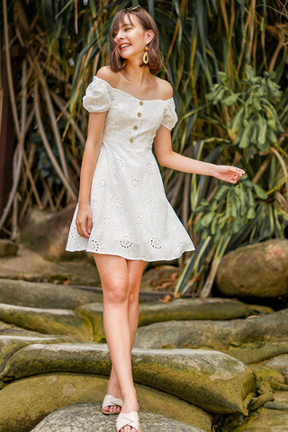 CHERIE SWEETHEART OFFSIE SLEEVE EYELET DRESS #MADEBYLOVET (WHITE) *BACKORDER*