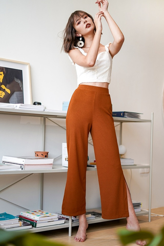LEGS FOR DAYS SLITS PANTS #MADEBYLOVET (CARAMEL)