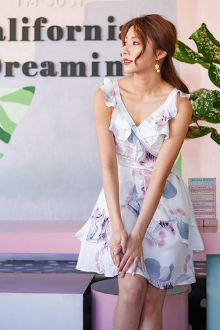 ELEA FLORAL RUFFLES DRESS  #MONGXLOVET (WHITE) *BACKORDER I*