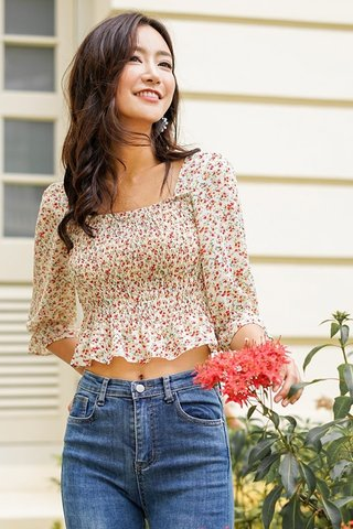 OLIVIA FLORAL SCRUNCH SLEEVE TOP #MADEBYLOVET (CREAM)