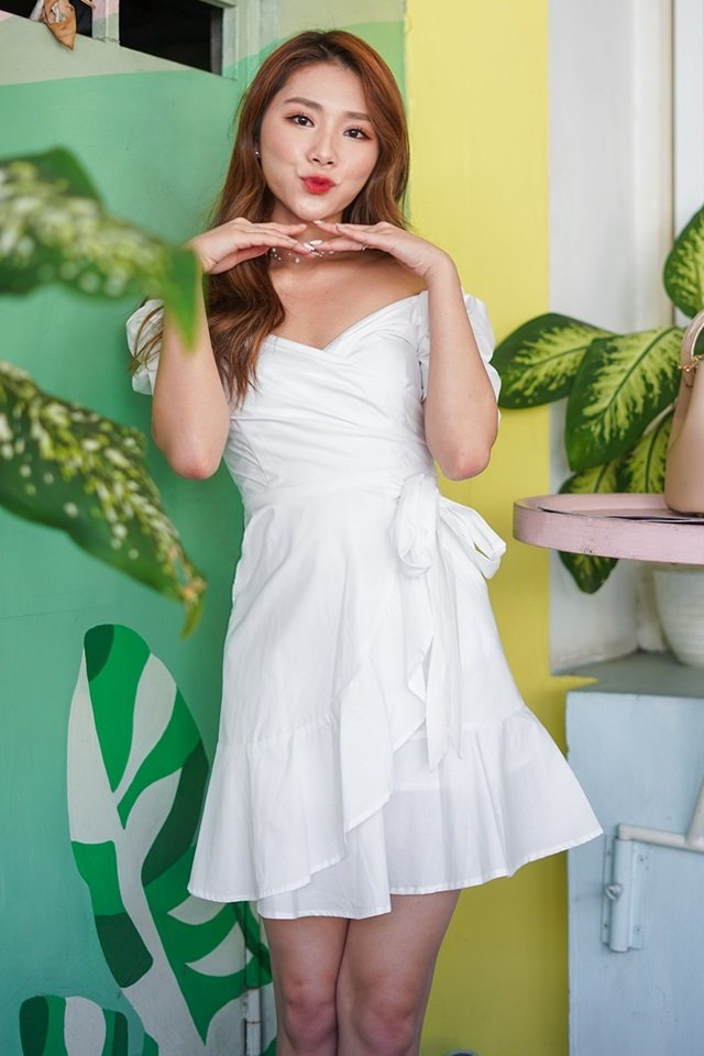 HARLOW 2-WAY SWEETHEART WRAP DRESS #MONGXLOVET (WHITE) *RESTOCKED*