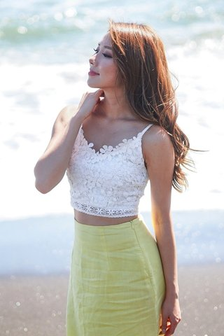 DELENE FLORAL CROCHET CROP TOP #MONGXLOVET *BACKORDER*