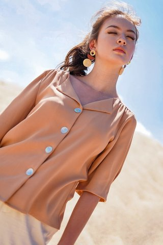 KALENE SEASHELL BUTTON BLOUSE #MADEBYLOVET (CAMEL BROWN)