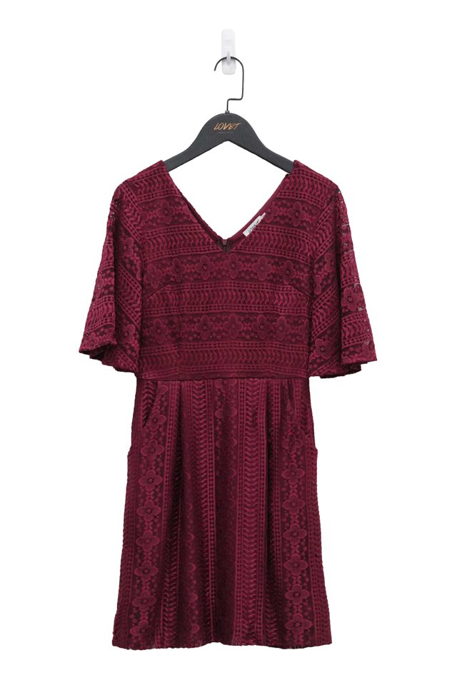 ELISA V-NECK CROCHET LACE DRESS #MADEBYLOVET (WINE)