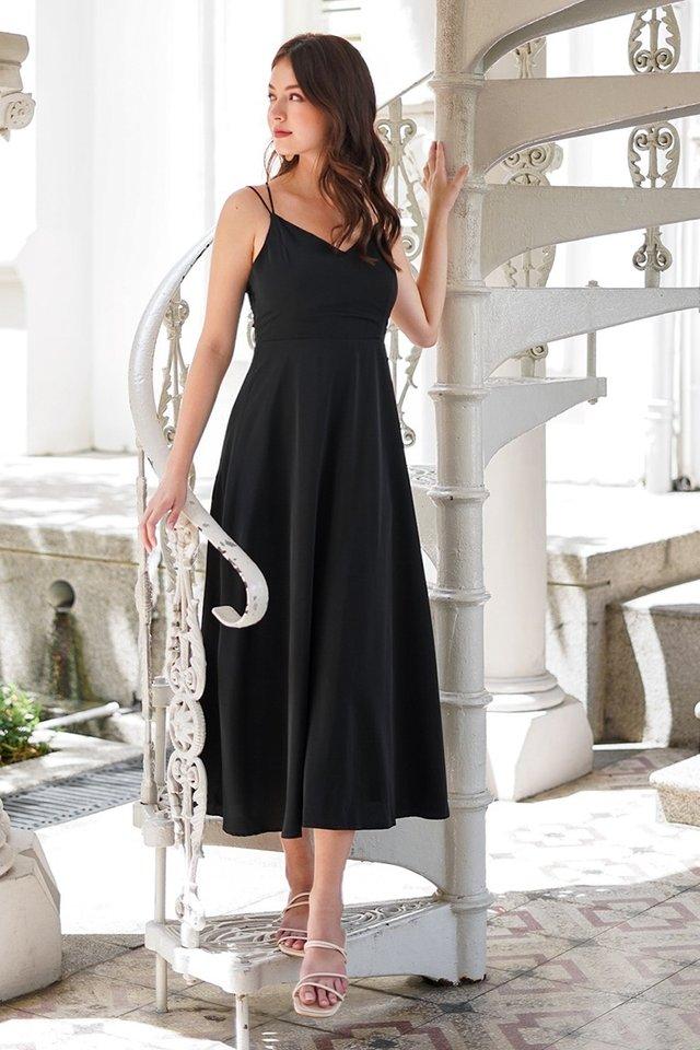 ASHLYNN CRISS-CROSS BACK MAXI DRESS #MADEBYLOVET (BLACK)