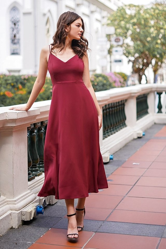 ASHLYNN CRISS-CROSS BACK MAXI DRESS #MADEBYLOVET (WINE)