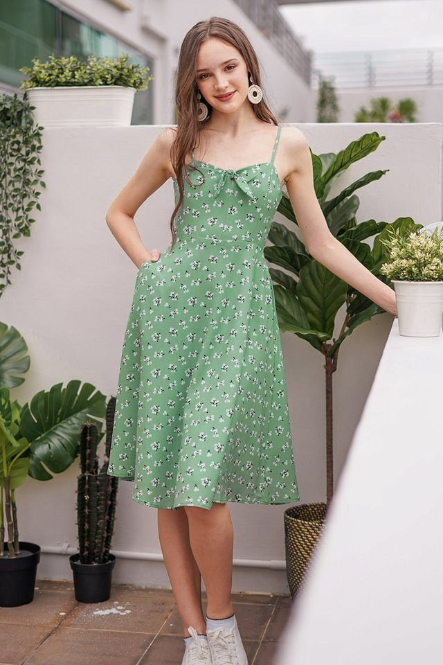 NAUVELLE FLORAL TIE FRONT RIBBON MIDI DRESS #MADEBYLOVET (MEADOW GREEN)