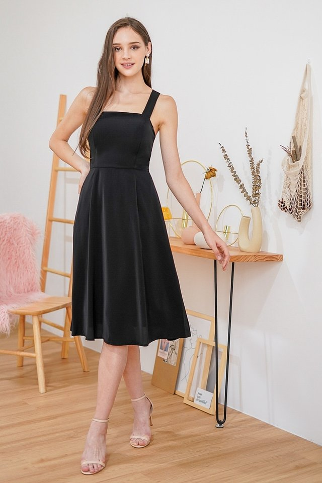 BLYSSE 2-WAY TIE-BACK MIDI DRESS #MADEBYLOVET (BLACK)