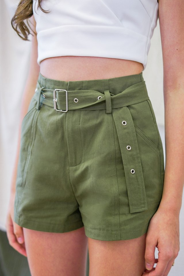 DIEGO HIGH WAIST CARGO SHORTS #MADEBYLOVET (ARMY GREEN)