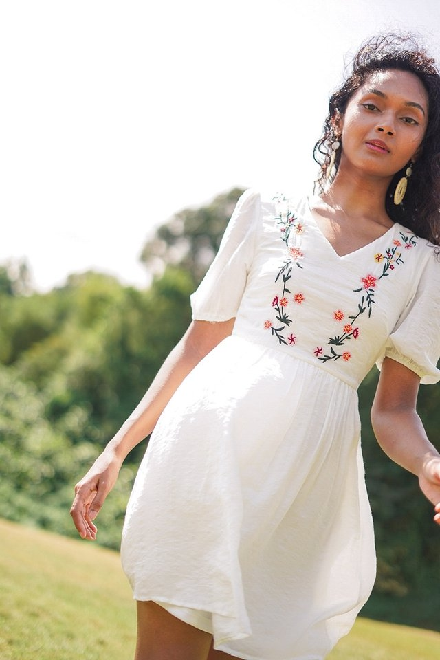 ERIKA FLORAL EMBROIDERY DRESS #MADEBYLOVET
