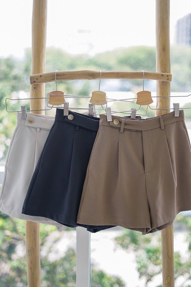 DEVYN HIGH WAIST BUTTON STRAP SHORTS #MADEBYLOVET (KHAKI) *BACKORDER*