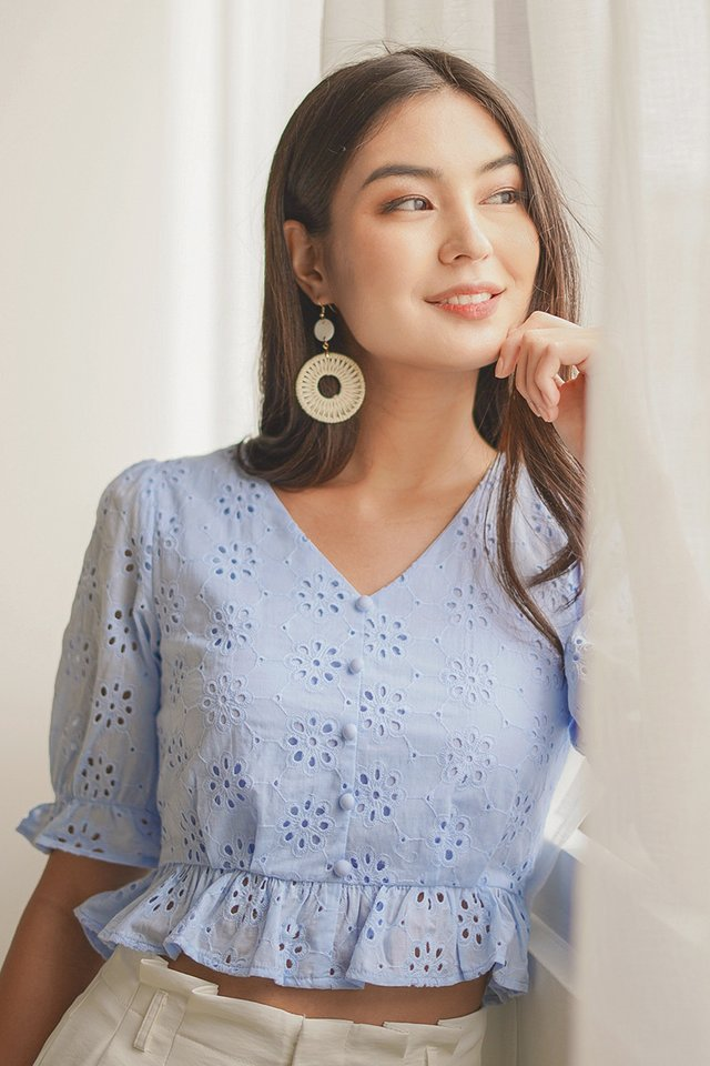 IRYNN BUTTON EYELET PEPLUM TOP #MADEBYLOVET (PASTEL BLUE)
