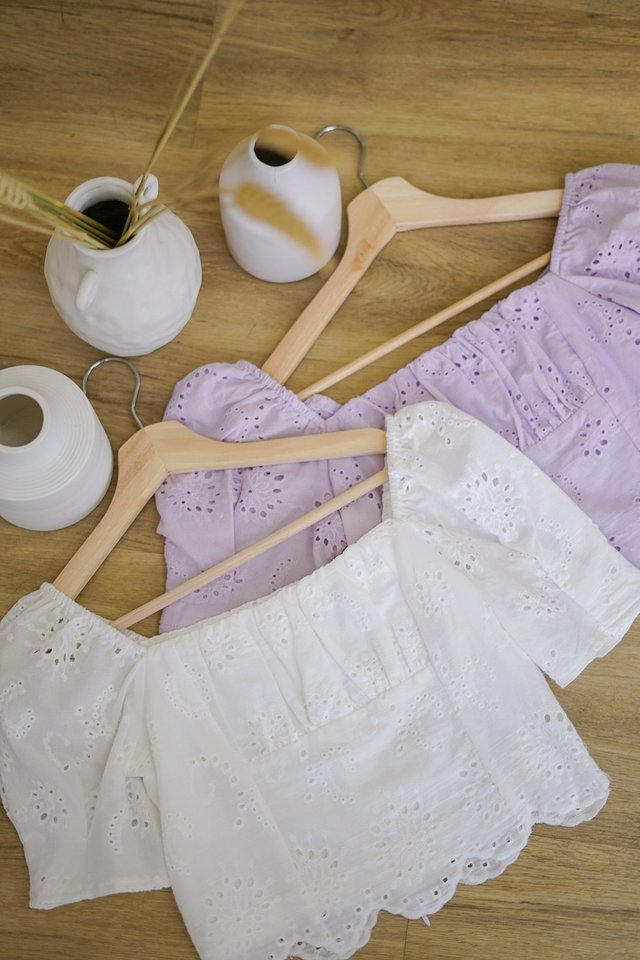 CARIE EYELET RUCH SCALLOP CROP TOP #MADEBYLOVET (WHITE) *BACKORDER*