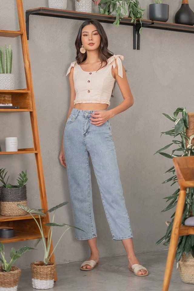 MAMA MIA HIGH WAIST MOM JEANS #MADEBYLOVET (LIGHT WASHED)