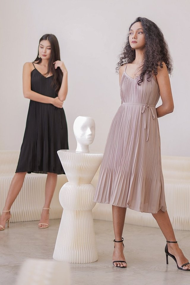 AVELINE PLEATED MIDI DRESS #MADEBYLOVET (TAUPE)