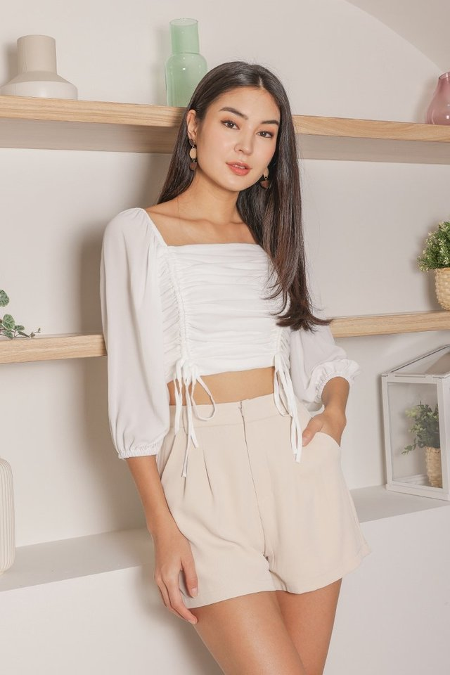 ASTRID 2-WAY SCRUNCH CROP TOP #MADEBYLOVET (WHITE)