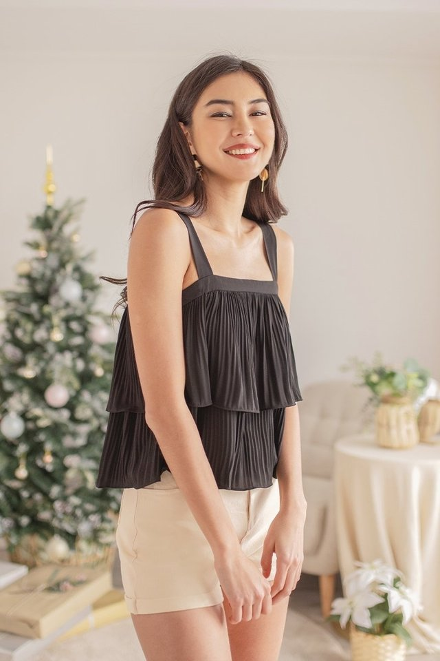 CLAIRYSE TIERED PLEATED TOP #MADEBYLOVET (BLACK)