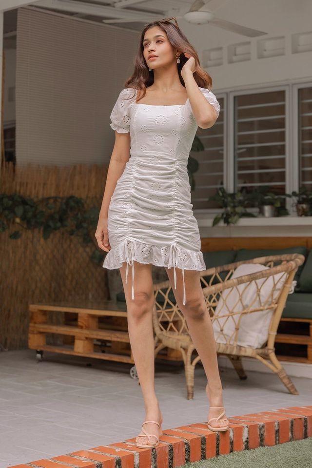 MERLYNN 2-WAY EYELET SCRUNCH DRESS #MADEBYLOVET (WHITE)