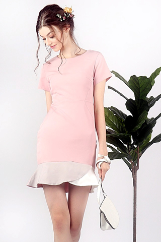 PHOEBE PASTEL COLORBLOCK TRUMPET DRESS (DUSTY PINK)