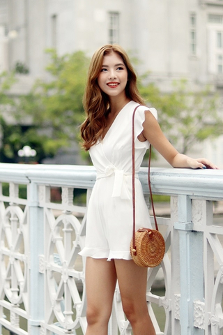AUTUMN V-NECK RUFFLES ROMPER WITH SASH (WHITE)