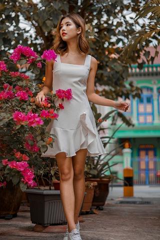 AMY SQUARE NECK RUFFLES DROPWAIST DRESS (WHITE)