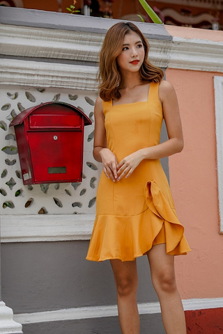 AMY SQUARE NECK RUFFLES DROPWAIST DRESS (MUSTARD)