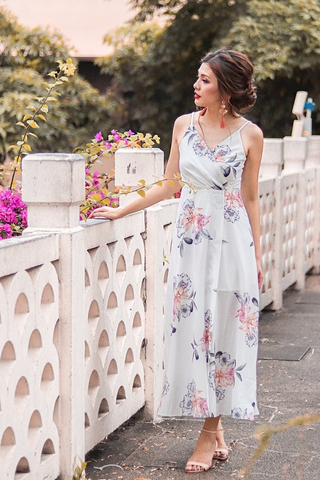ATHENA FLORAL MAXI SLIT DRESS #MADEBYLOVET (WHITE)