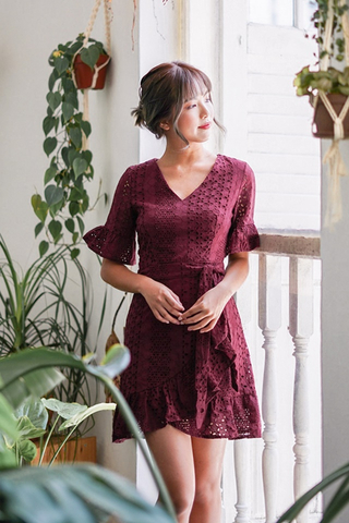 CHRISTY EYELET V-NECK RUFFLES DRESS (BURGUNDY)