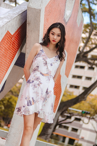 CLAIRE FLORAL RUFFLES SPAG WRAP DRESS #MADEBYLOVET (WHITE) *RESTOCKED*