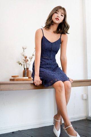 GRACE FLORAL LACE SPAG DRESS (NAVY)