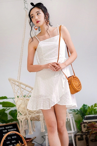 JOANNA EYELET TIE STRING RUFFLES DRESS (WHITE)