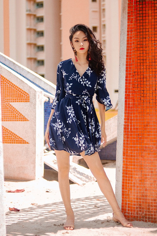 KATHY FLORAL FLUTTER SLEEVE KIMONO DRESS WITH SASH #MADEBYLOVET (NAVY) *RESTOCKED*