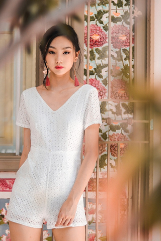 NAOMI EYELET BUTTON ROMPER (WHITE)