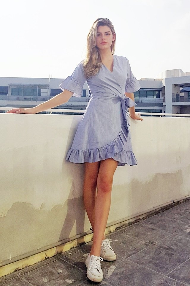 BETTY V-NECK RUFFLES STRIPE DRESS WITH SASH #MADEBYLOVET (DARK BLUE)