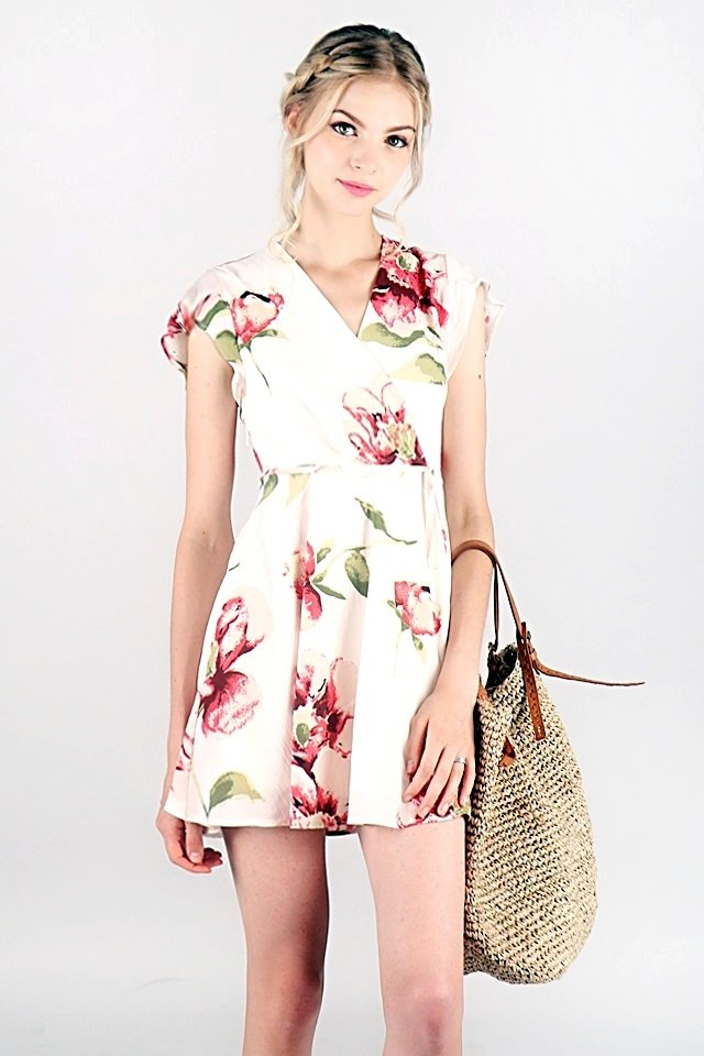 AUBREE FLORAL V-NECK WRAP DRESS #MADEBYLOVET (WHITE)