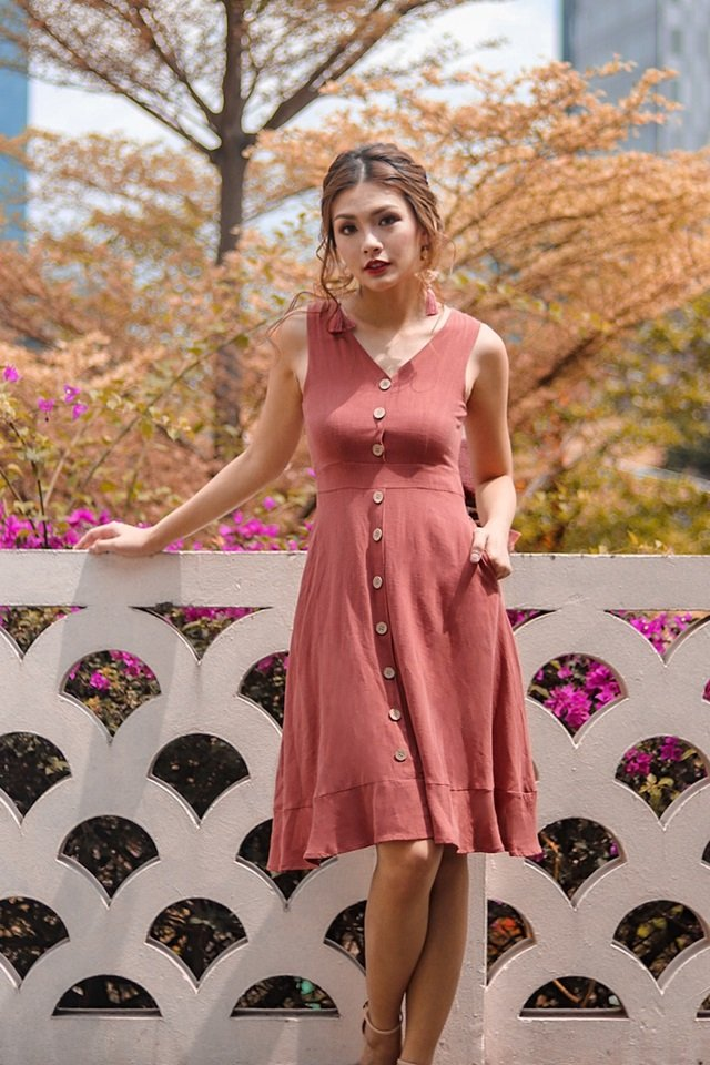 GLORIA LINEN BUTTON DOWN MIDI DRESS #MADEBYLOVET (RUST)