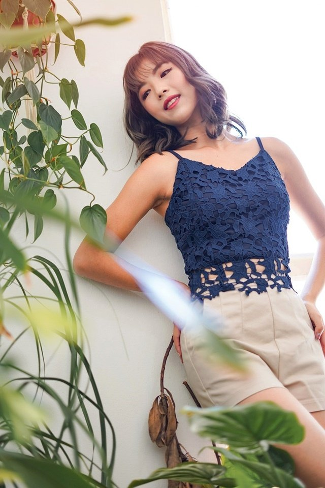 JACINTHA LACE CROP TOP #MADEBYLOVET (NAVY)
